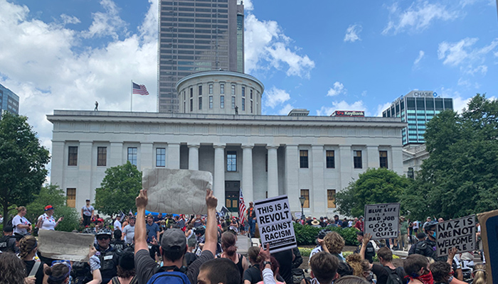 Protestors in front of Ohio Statehouse